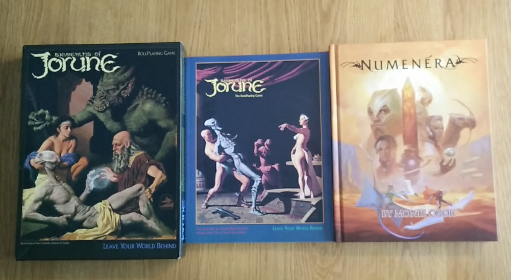 Nearly 30 years of Techno  / Science Fantasy: Skyrealms of Jorune (SkyRealms Publishing, 1985  & Chessex, 1992), Numenera (Monte Cook Games, 2013) (Image: obskures.de)