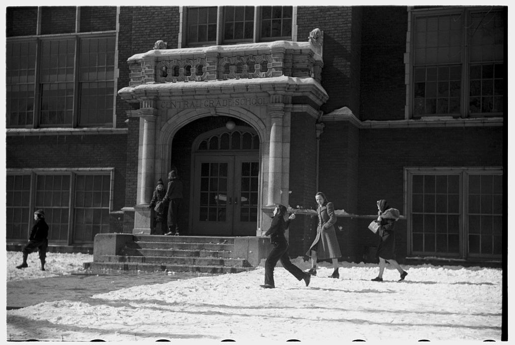 Snowball Fight (Image: Photogrammar (LC-DIG-fsa-8a12940)