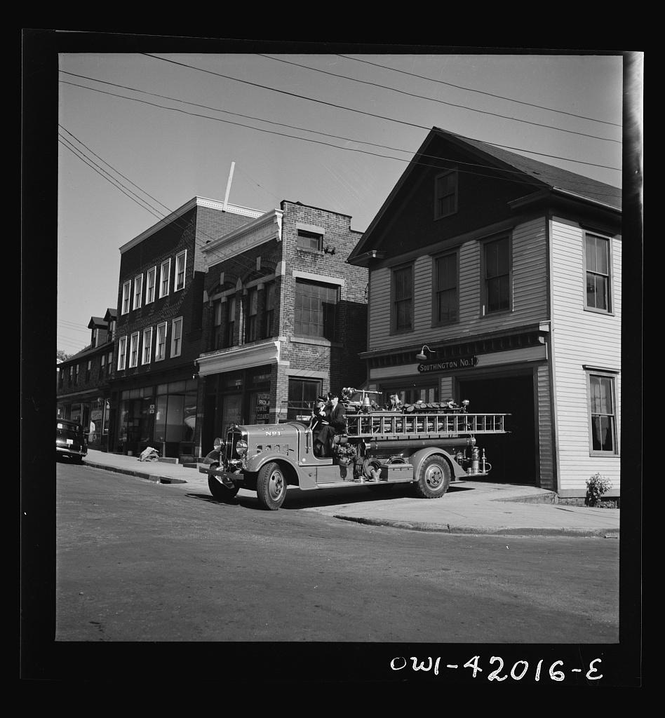 Fire Service (Image: Photogrammar (LC-USW3-042016))